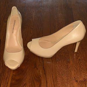 Antonio Melani Open Toed Shoes